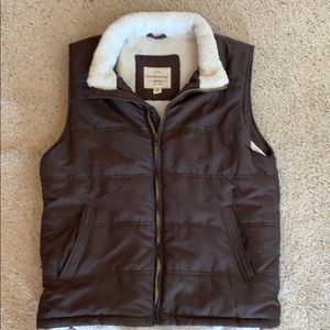 Nice and cozy weatherproof vest